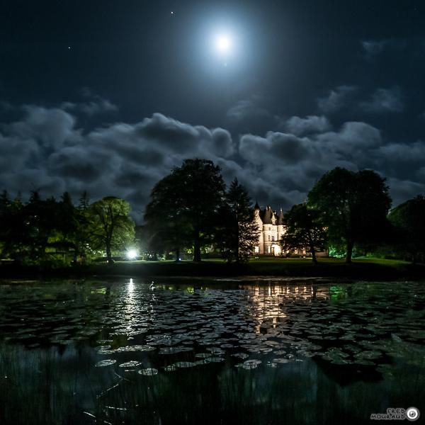 Chateau de Trédion de nuit